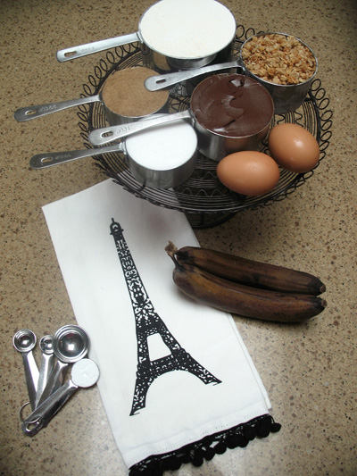 Ingredients to make Banana-Nutella-Granola Cookies!