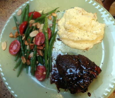 Pom Lamb Chop with Roasted Garlic Mashed Potatoes and Almond Green Beans