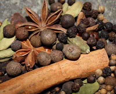whole chai spices