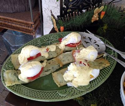 crepe eggs benedict florentine