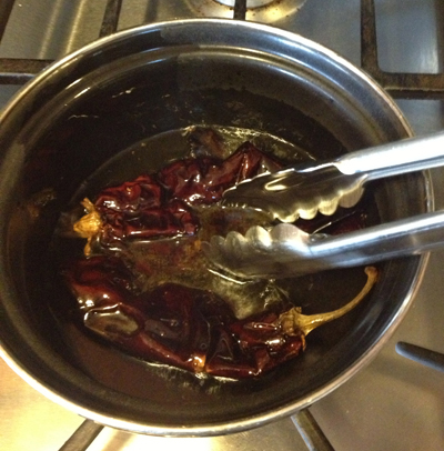 guajillo in oil