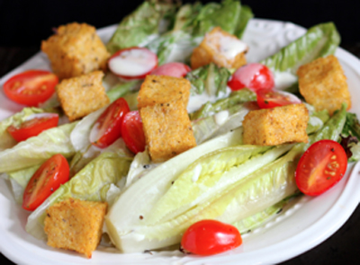 salad with polenta croutons