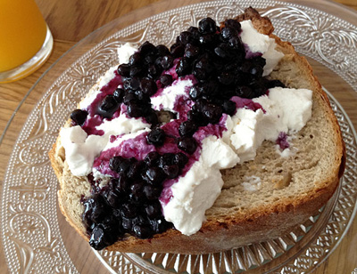 blueberries at brunch & cake