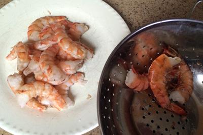 Shrimp canapes les petites gourmettes for Shrimp canape ideas