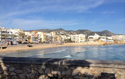 the ocean at sitges