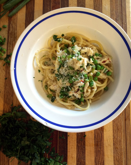 Perciatelli Pasta with Crabmeat and Peas