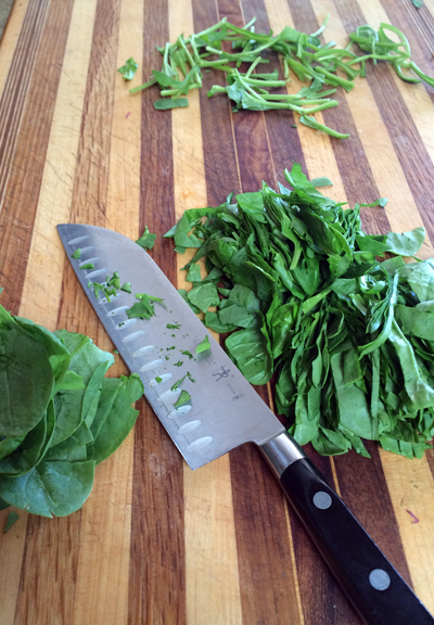 sliced spinach