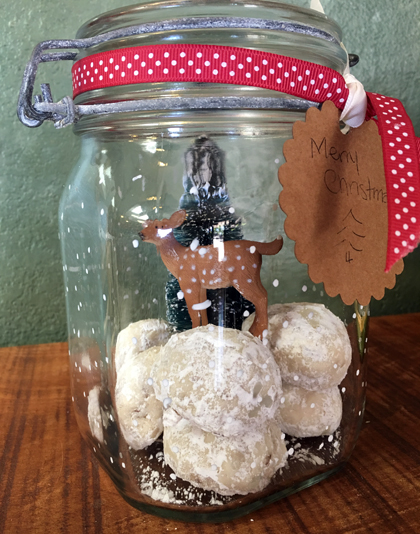 cookie snow globe