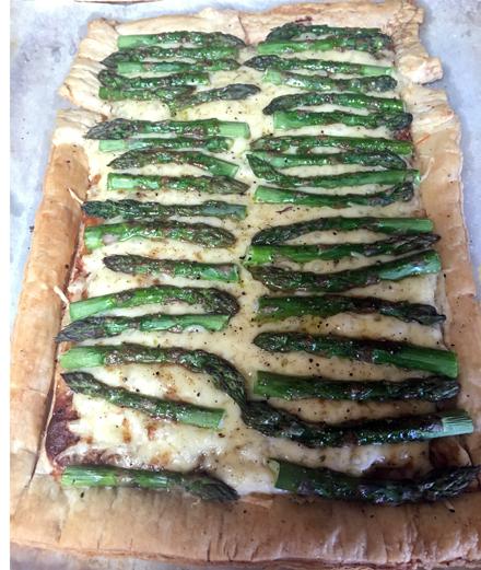 baked asparagus swiss tart