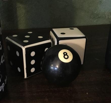 dice 8 ball