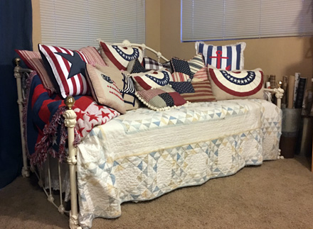 patriotic daybed